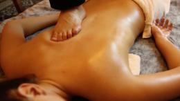 Massagem Ayurvédica: Conheça seus efeitos e o bem-estar proporcionado!
